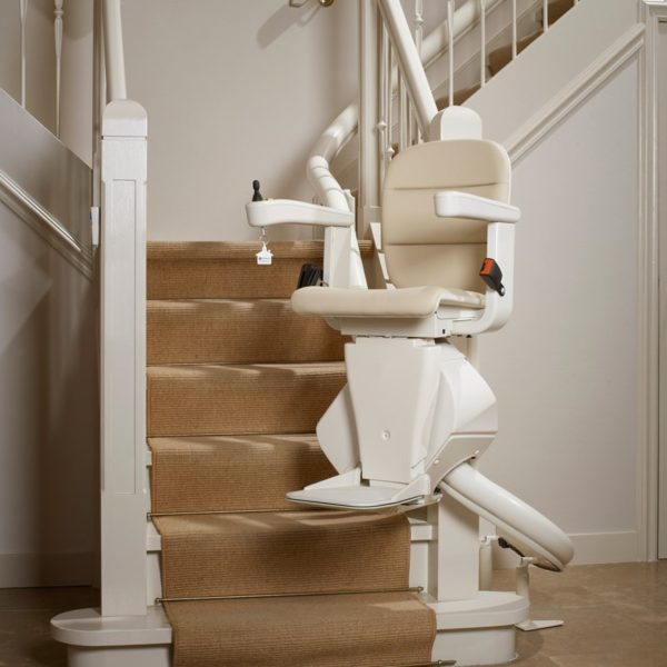 Rembrandt curved stairlift